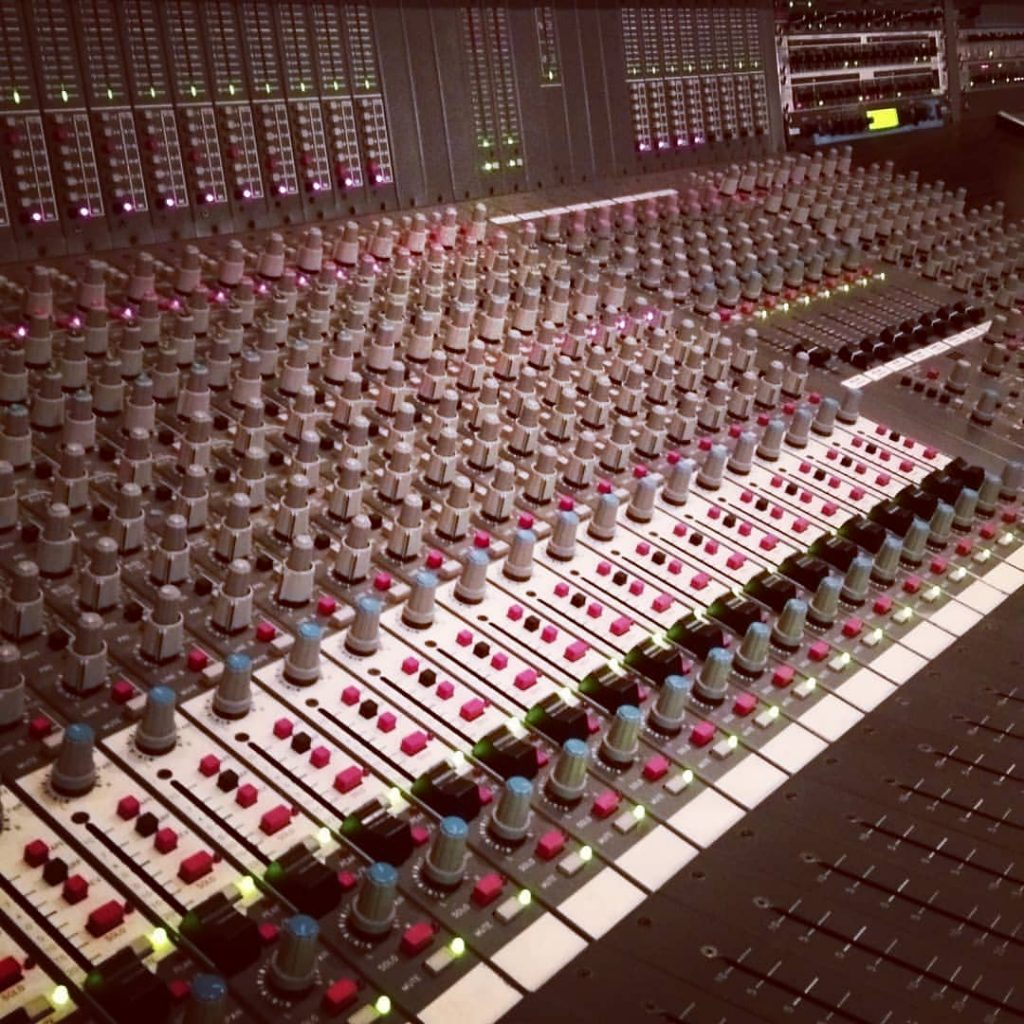 studio - mixer
